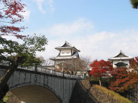 石川門の紅葉